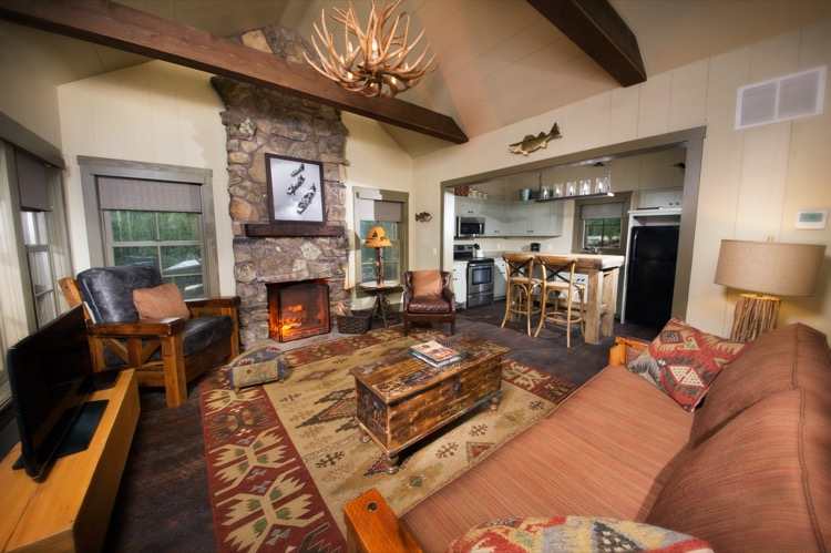 Big Cedar Lodge - Lodging - Lakeside Cottage - 2 Bedroom - Living Room